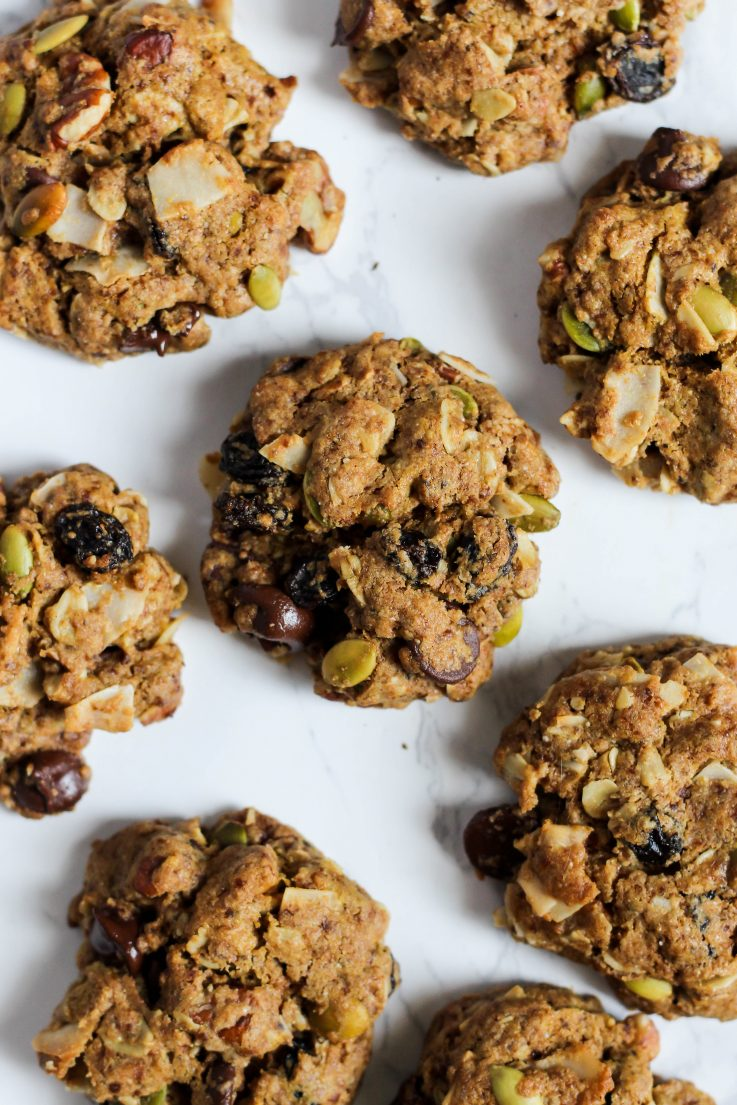 These trail mix cookies make the perfect sweet & salty snack! | The Real Life RD